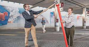 21 juillet 2018- Vernissage du Clou rouge pour le mur peint de la gare routière de Bulle